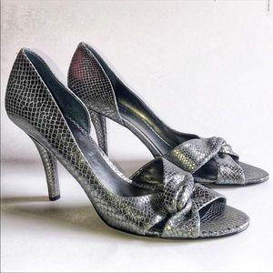 Nine West Silver Snakeskin Heels Stiletto Knot 11